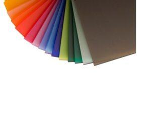 Blanco de 2, 3 y 5mm. Transparente 2, 3, 5 y 8mm. Negro de 2 y 6mm. Anaranjado de 3mm. También podemos conseguir en otros colores y grosores según existencias del proveedor.
